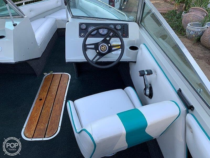 1989 Seaswirl boat for sale, model of the boat is Sierra Classic & Image # 34 of 40