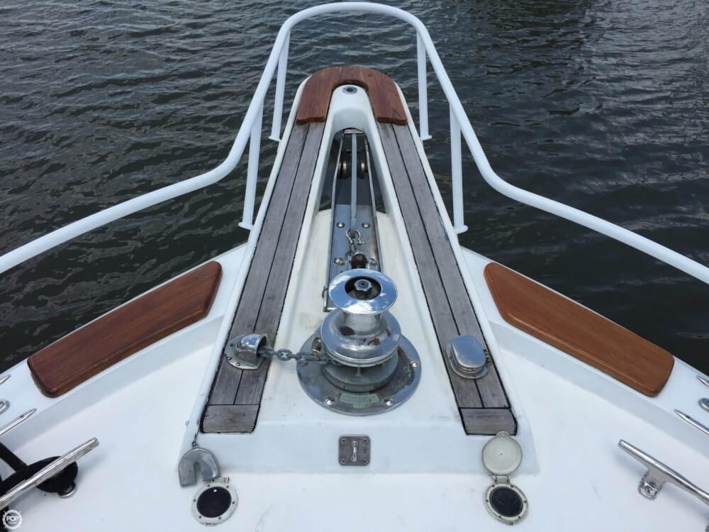 1978 Hatteras boat for sale, model of the boat is 53 Convertible & Image # 5 of 40