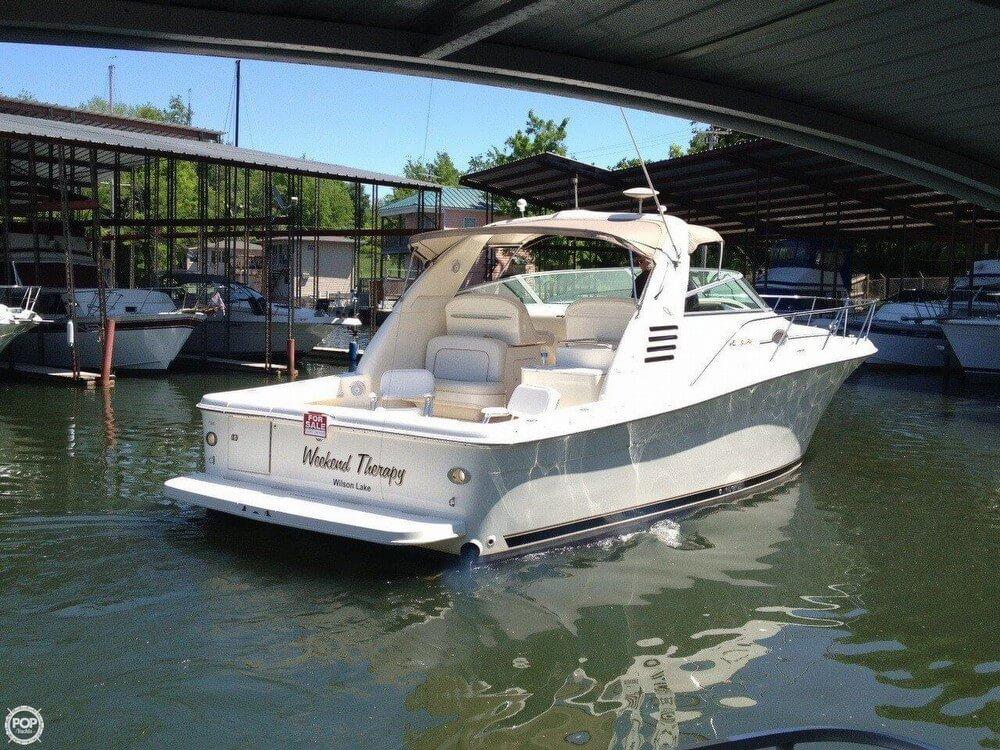 1997 Sea Ray 33 Express Cruiser - Photo #2