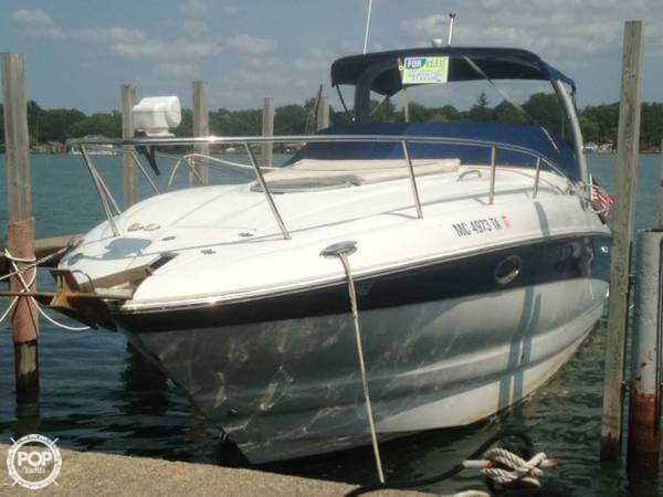 2004 Crownline 270 CR - Photo #2