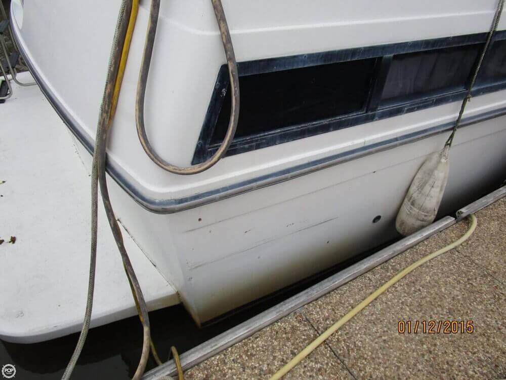 1988 Carver 38 Aft Cabin - Photo #36