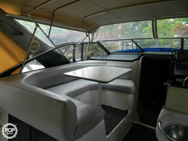 1988 Bayliner 3450 Avanti Sunbridge - Photo #3