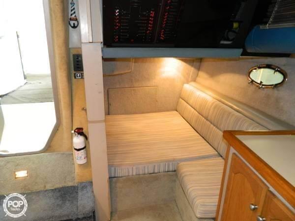1988 Bayliner 3450 Avanti Sunbridge - Photo #13