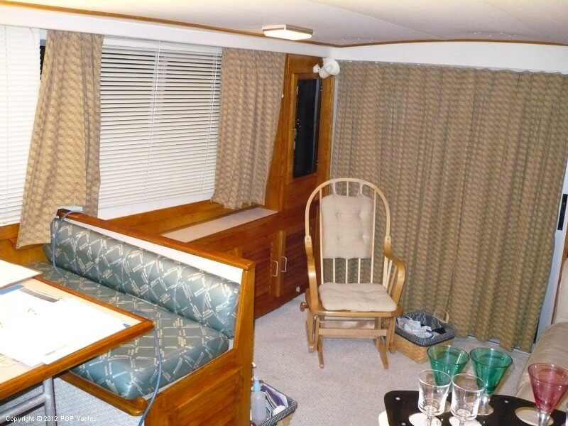 1986 Silverton boat for sale, model of the boat is 40 Convertible & Image # 14 of 40