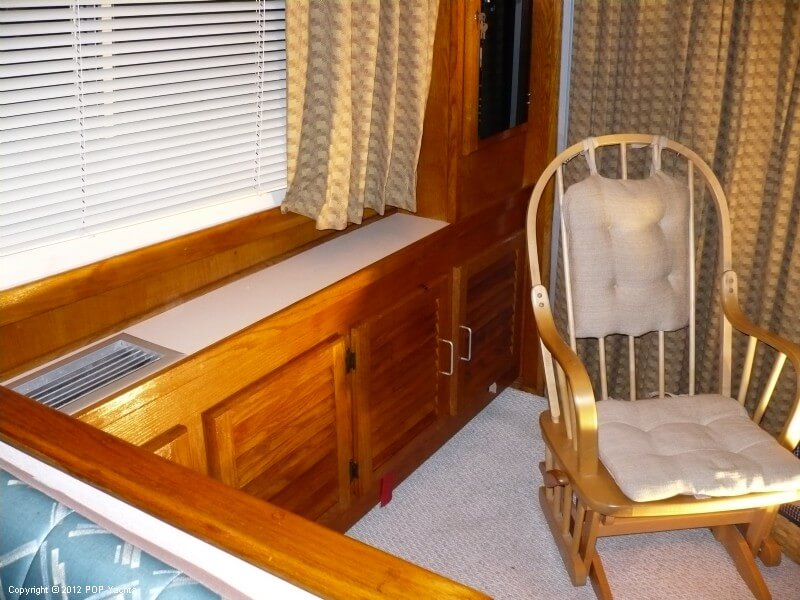 1986 Silverton boat for sale, model of the boat is 40 Convertible & Image # 19 of 40