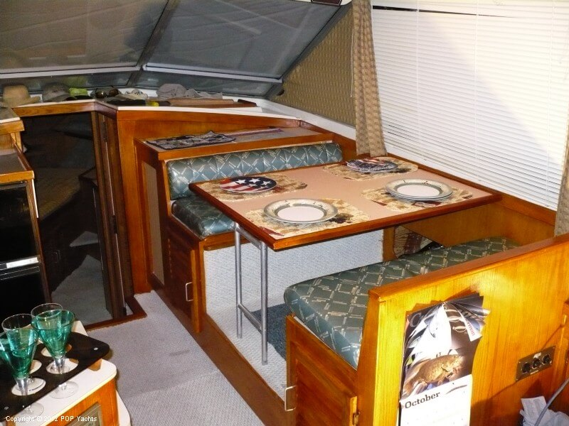 1986 Silverton boat for sale, model of the boat is 40 Convertible & Image # 22 of 40