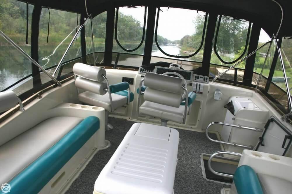 1989 Mainship 41 Grand Salon - Photo #15