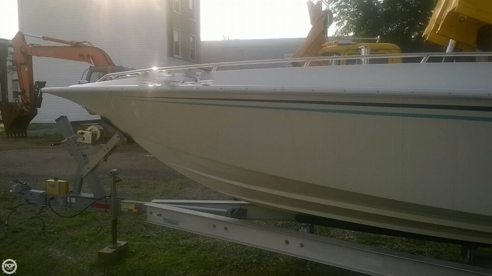 1986 Fountain boat for sale, model of the boat is 33 (10M) Executioner & Image # 10 of 42
