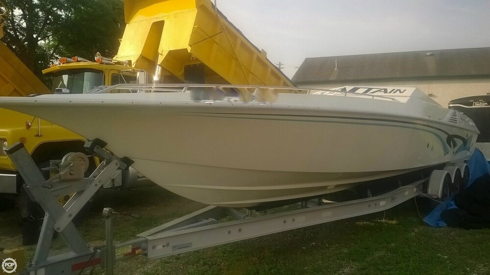 1986 Fountain boat for sale, model of the boat is 33 (10M) Executioner & Image # 6 of 42