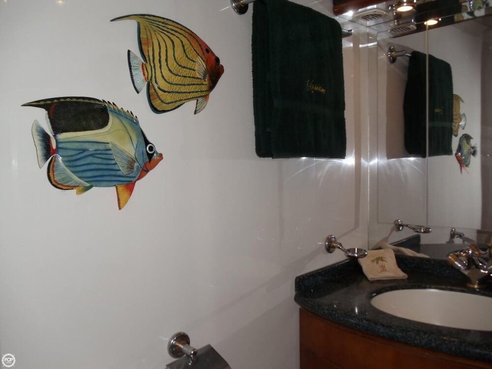 2000 Carver Voyager 450 - Photo #39