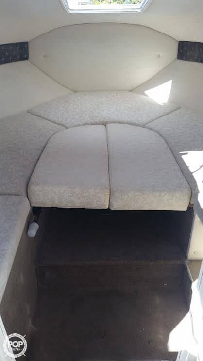 2002 Larson Cabrio 220 - Photo #9