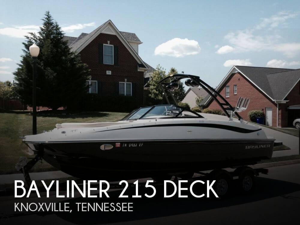 2013 Bayliner 215 Deck - Photo #1