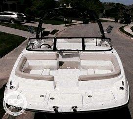 2013 Bayliner 215 Deck - Photo #4