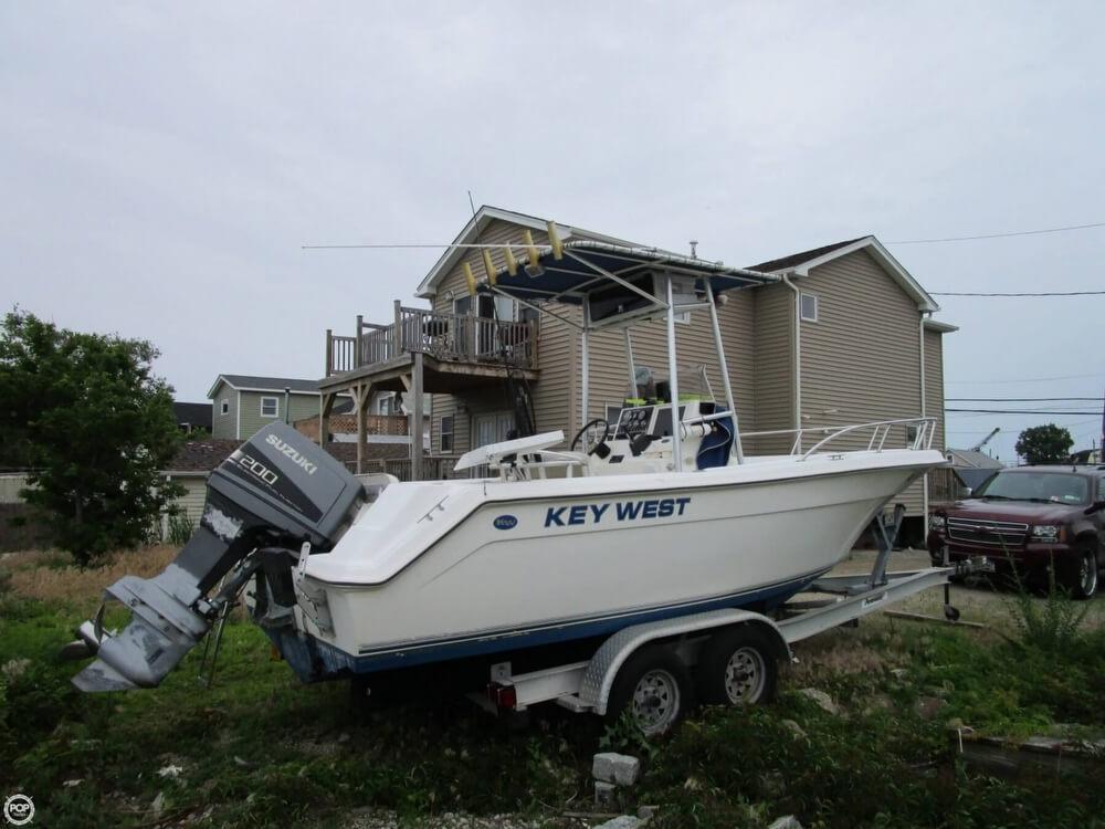 1999 Key West 2220 CC - Photo #28