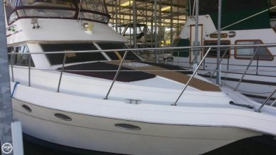 Cruisers 3950, 39', for sale - $62,400