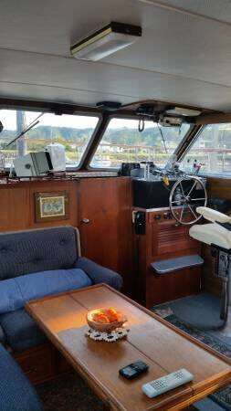 1979 Tollycraft Tri-Cabin 40 - Photo #18