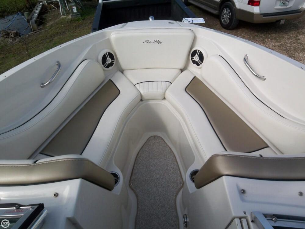 2007 Sea Ray 230 Select - Photo #20