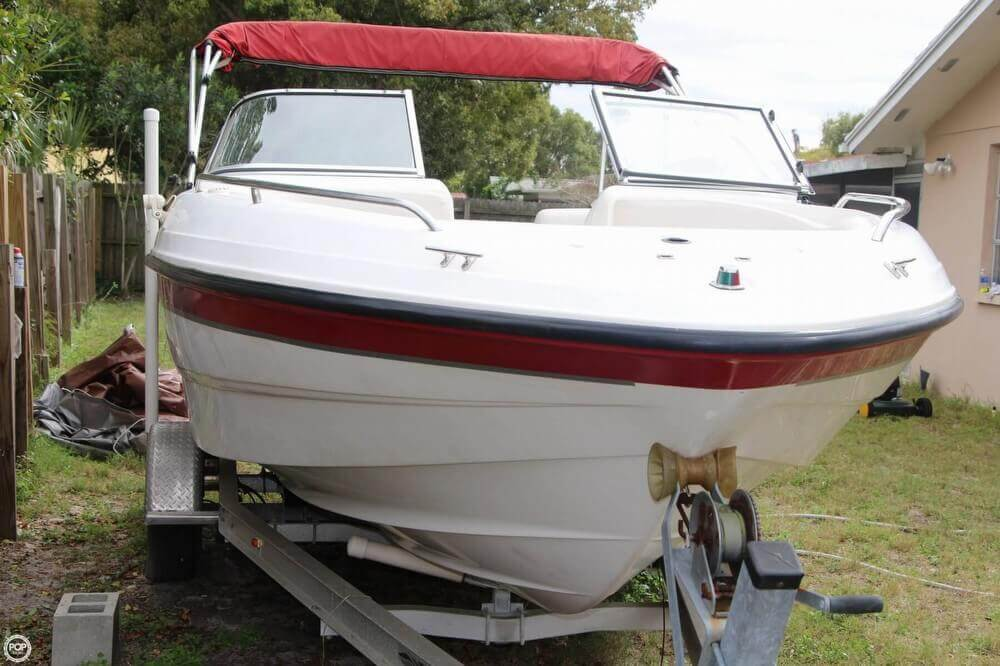 2002 Chaparral boat for sale, model of the boat is 200 SSE & Image # 4 of 41