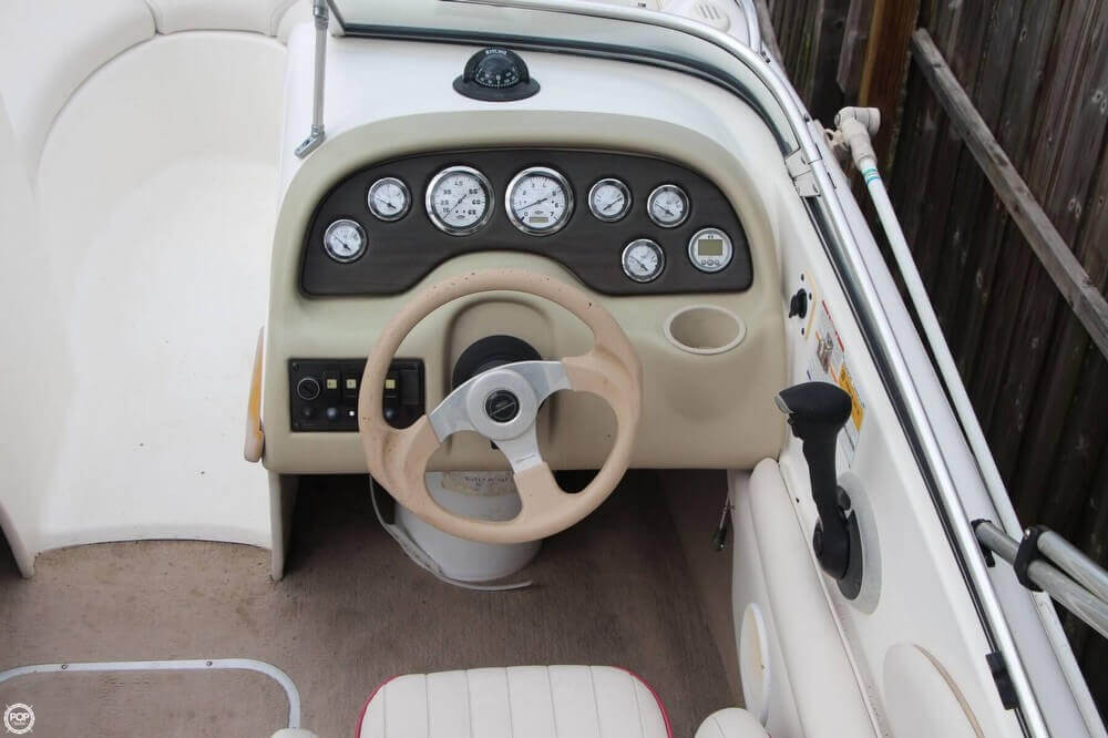2002 Chaparral boat for sale, model of the boat is 200 SSE & Image # 27 of 41