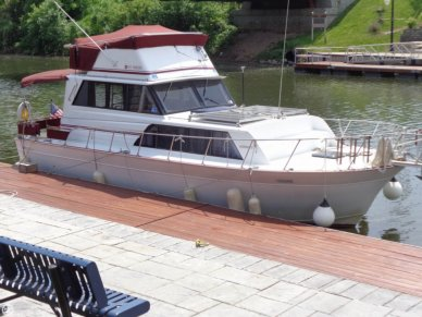 Marinette 32, 32', for sale - $27,500
