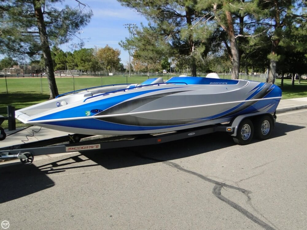 2009 Shockwave 22 Deck Boat - Photo #2