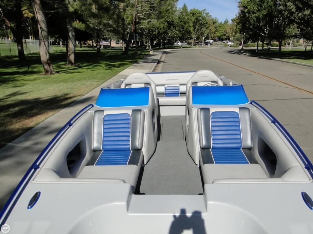 2009 Shockwave 22 Deck Boat - Photo #3