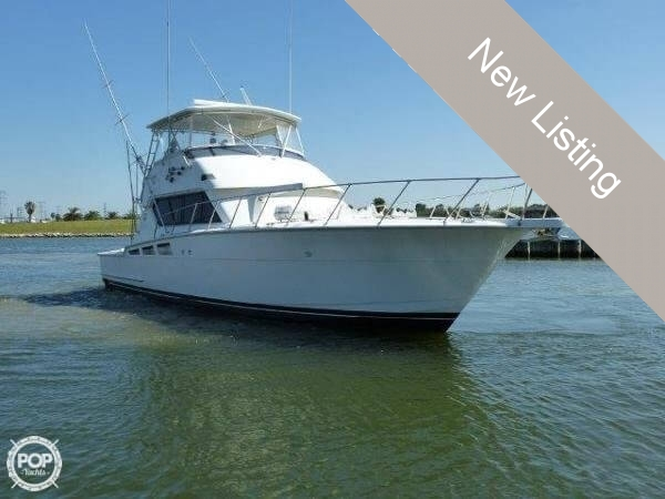 1995 Hatteras 54 Convertible - Photo #3