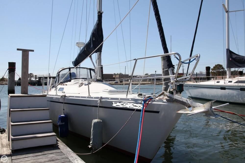 1985 Albin Yachts 33 Nova - Photo #4
