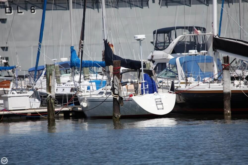 1985 Albin Yachts 33 Nova - Photo #5