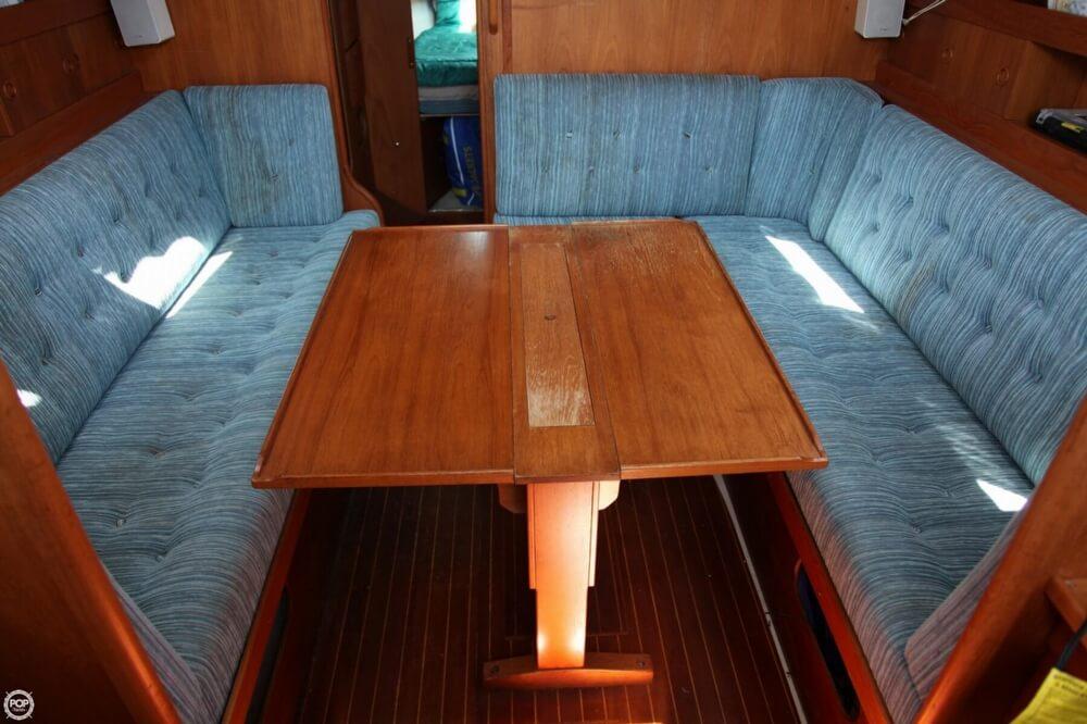 1985 Albin Yachts 33 Nova - Photo #25