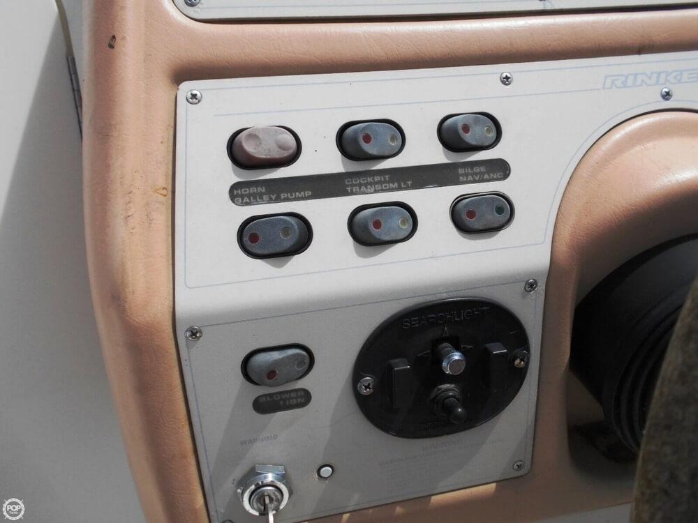 1997 Rinker 266 EC Fiesta Vee - Photo #30