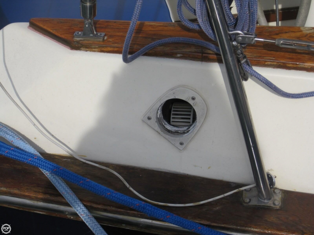 1978 Endeavour 37 Plan-A Sloop - Photo #25