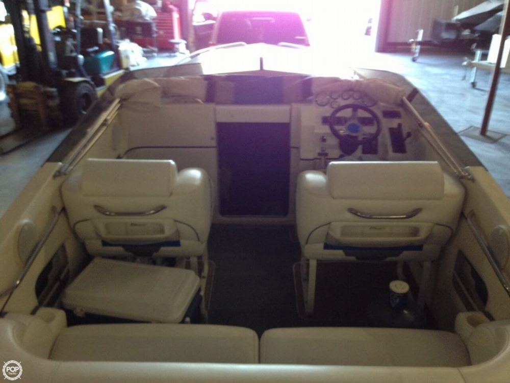 1998 Hallett boat for sale, model of the boat is 240 Closed Bow & Image # 4 of 15