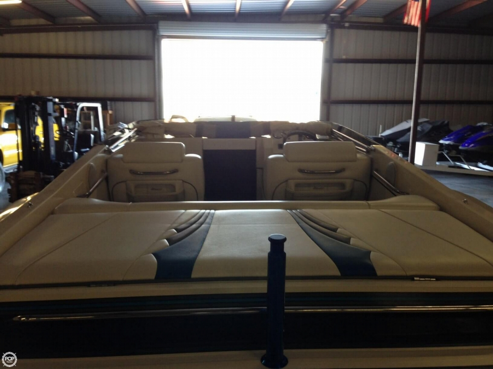 1998 Hallett boat for sale, model of the boat is 240 Closed Bow & Image # 5 of 15