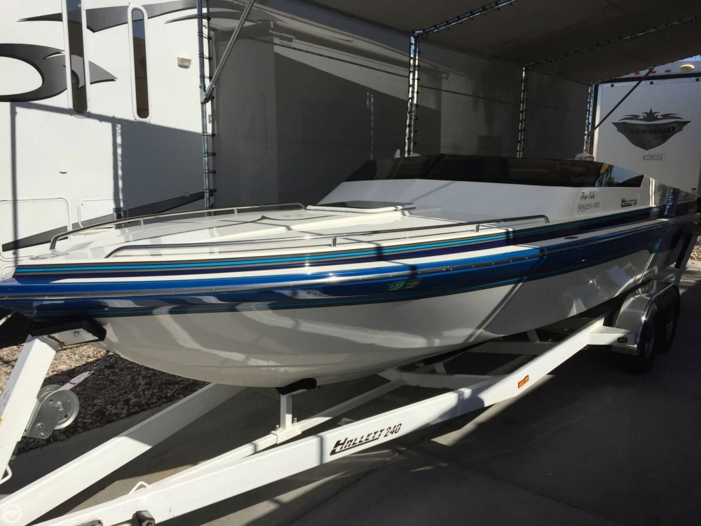 1998 Hallett boat for sale, model of the boat is 240 Closed Bow & Image # 6 of 15