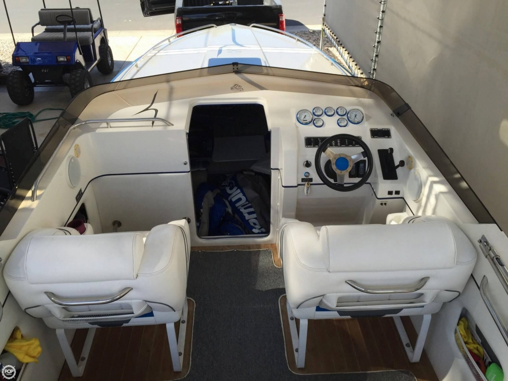1998 Hallett boat for sale, model of the boat is 240 Closed Bow & Image # 11 of 15