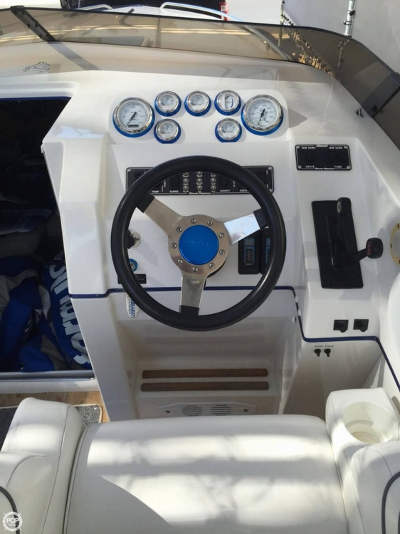 1998 Hallett boat for sale, model of the boat is 240 Closed Bow & Image # 12 of 15