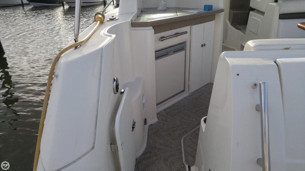2008 Rinker 350 Express Cruiser - Photo #11