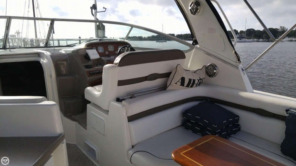 2008 Rinker 350 Express Cruiser - Photo #16