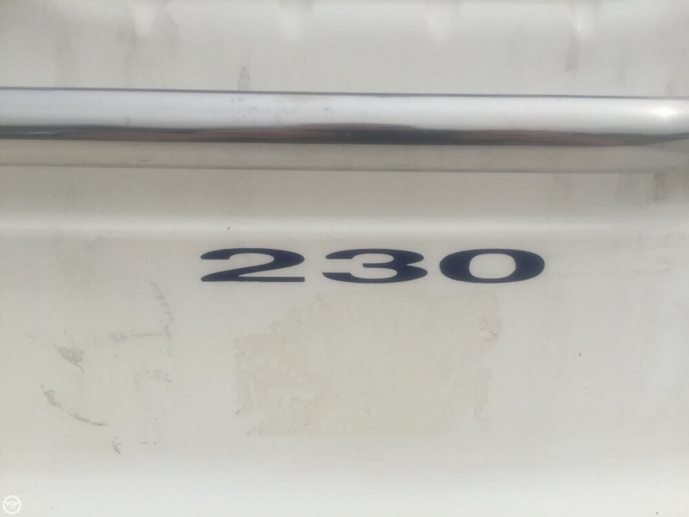 1996 Sea Ray 230 Overnighter Signature Select - Photo #16