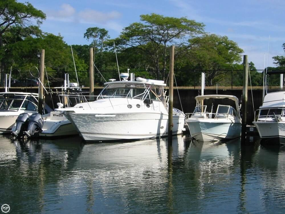 2002 Wellcraft boat for sale, model of the boat is 330 Coastal & Image # 3 of 40