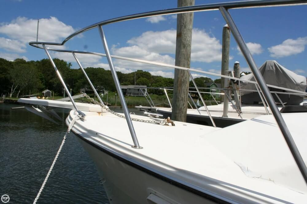 1982 Bayliner 3250 Conquest - Photo #8