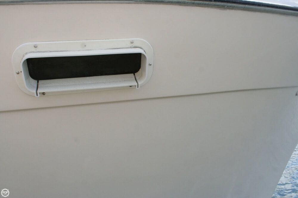 1982 Bayliner 3250 Conquest - Photo #20