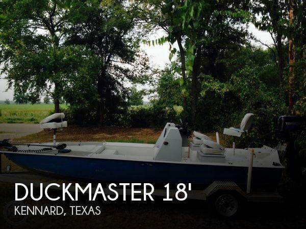 2009 Duckmaster 18 Laguna Tiger - Photo #1