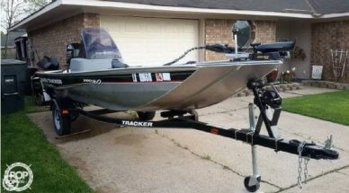 Bass Tracker Pro160, 16', for sale - $9,500