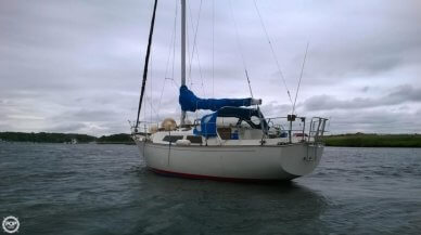 C & C Yachts Landfall 35, 34', for sale - $12,500