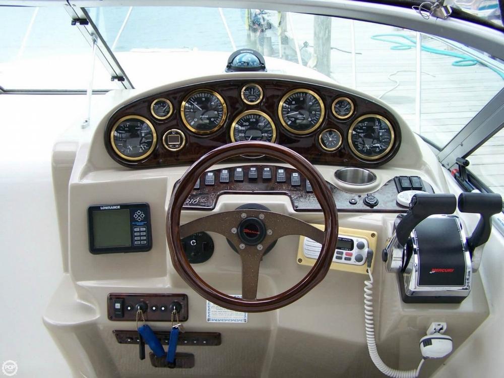 2002 Rinker 310 Fiesta Vee - Photo #3