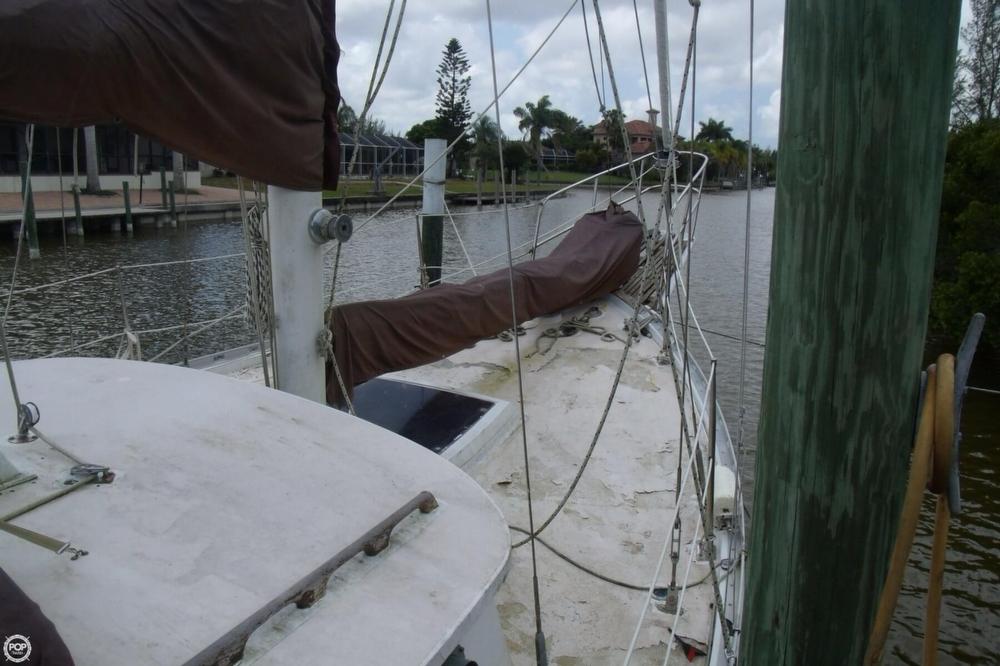 1976 Islander Sailboats 41 Freeport Ketch - Photo #5