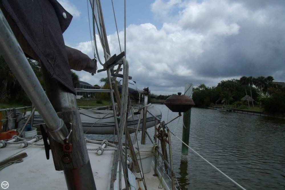 1976 Islander Sailboats 41 Freeport Ketch - Photo #14