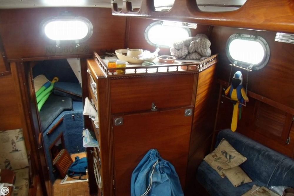 1976 Islander Sailboats 41 Freeport Ketch - Photo #28